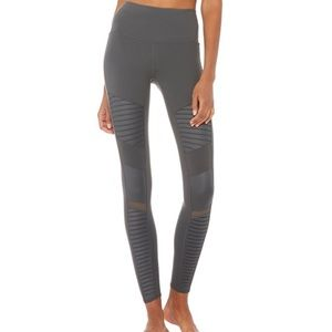 Alo High-Waisted Moto Leggings in Anthracite